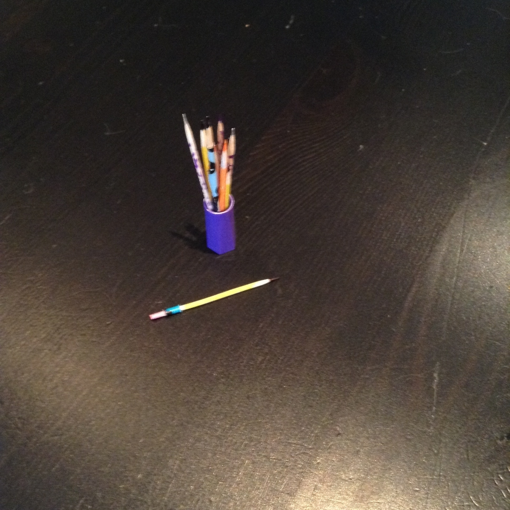 AG pencil holder and pencils